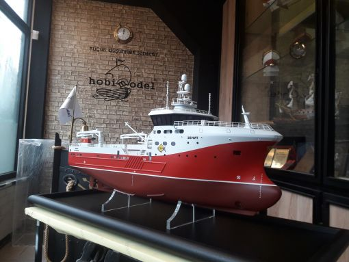 zenith model ship